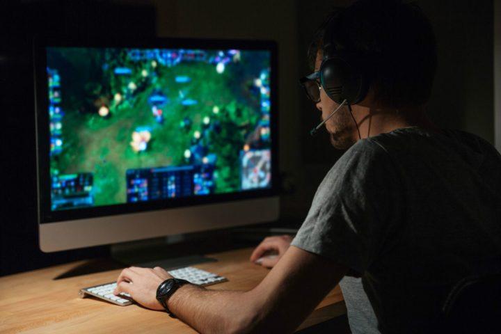 Jugar con ordenador y teclado