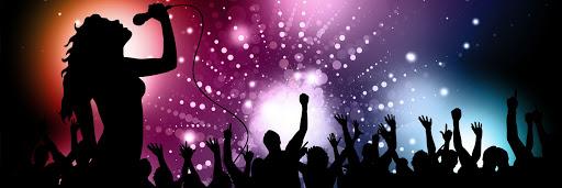 Sombra cantando karaoke